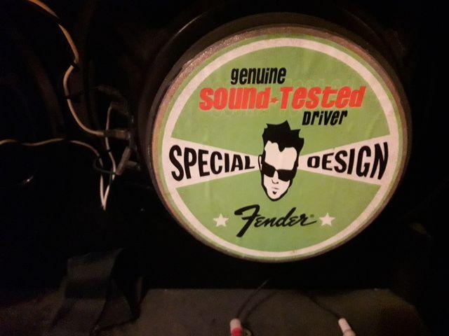 Fender FM 212R Amplificador de Guitarra