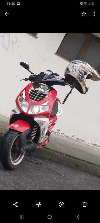 peugeot speedfight 2 iron X