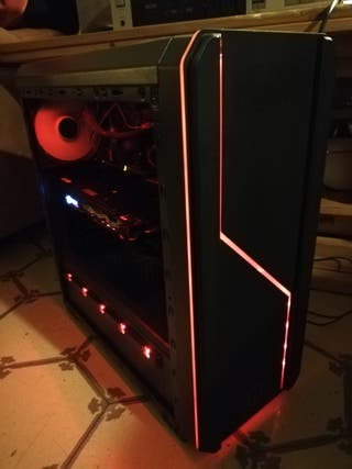 "Ordenador Gaming con Monitor 24"""