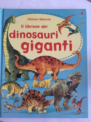 Libro nuevo de dinosaurios en italiano