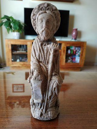 Escultura piedra tallada