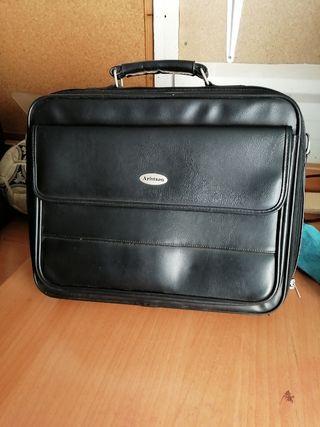 maletin porta ordenador portatil