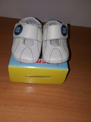 zapatos.talla 17.nuevos