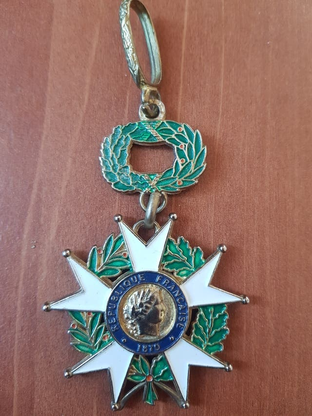 Medalla Republique Francaise 1870. Honneur ET Pat