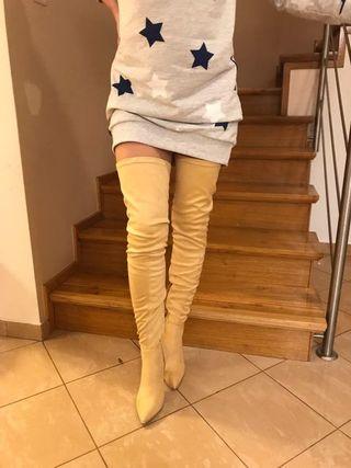 Botas altas elásticas beige
