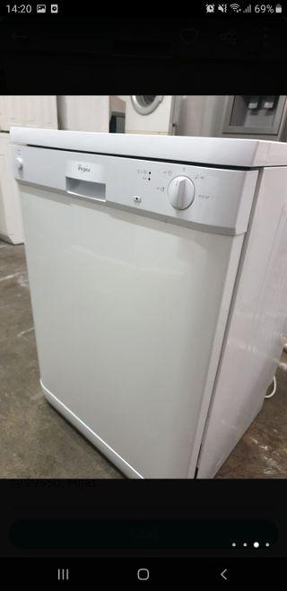lavavajillas WHIRPOOL clase A en perfecto estado