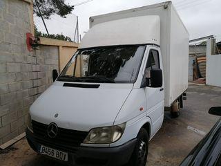 Camión mercedes 313 CDI 2001