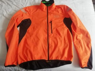 chaqueta gore bike windstopper talla L