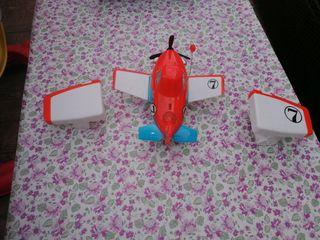 Avión teledirigido