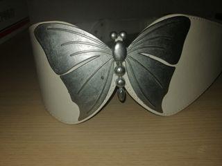 Cinturón de mariposa