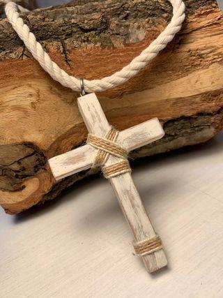 Crucifijo de madera