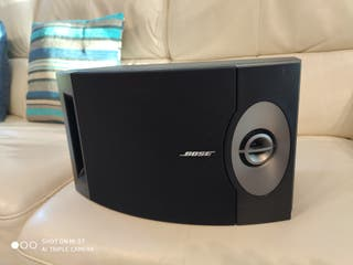 pareja altavoces HIFI o home cinema Bose