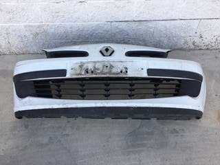 Paragolpes delantero Renault Clío