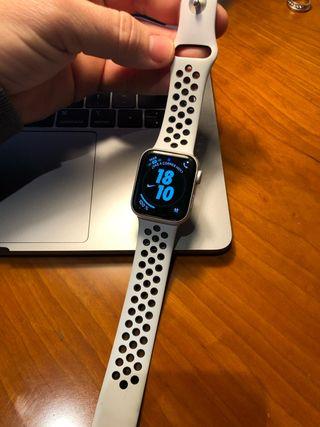 Apple watch Nike+ serie 4 40mm GPS Y CELULAR
