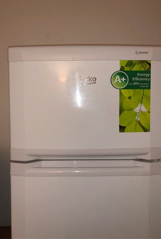 Nevera Beko (frigorífico combi)