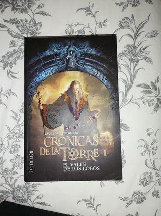 libro crónicas de la torre el valle de los lobos