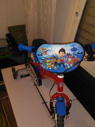 bicicleta para niños de la patrulla canina