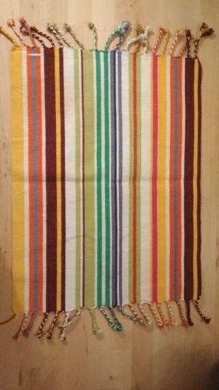 mantelito individual. tapete mantel multicolor