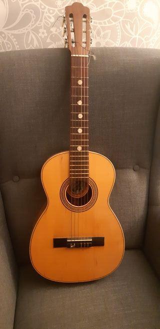 Guitarra infantil Juan Estruch