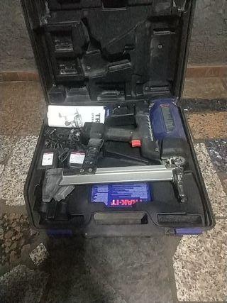 Clavadora batería y gas ApoloPowersTrack itC3