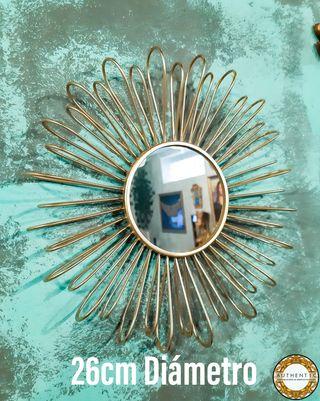 Espejo Sol Metalico Dorado 26cm Diámetro