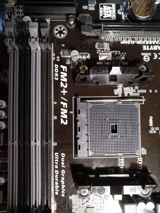 Placa Base Gigabyte GA-F2A88XM-D3HP FM2/FM2+