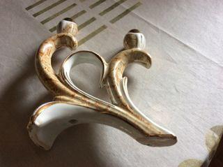 Candelabro vintage de porcelana