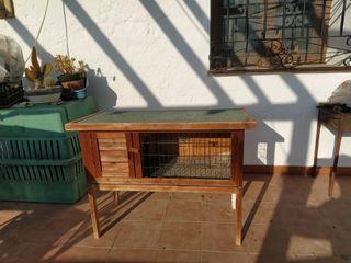 Jaula de madera para animales