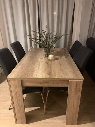 OFERTON Mesa de comedor y 4 sillas