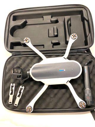 Dron Go pro karma