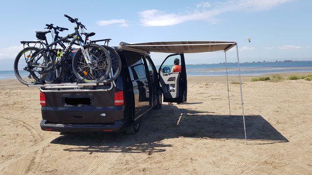 furgoneta camperizada Volkswagen California beach 2010, mercedes vito , camper
