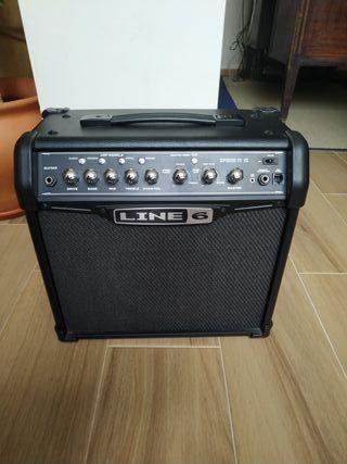 Amplificador de guitarra Line 6 Spider IV