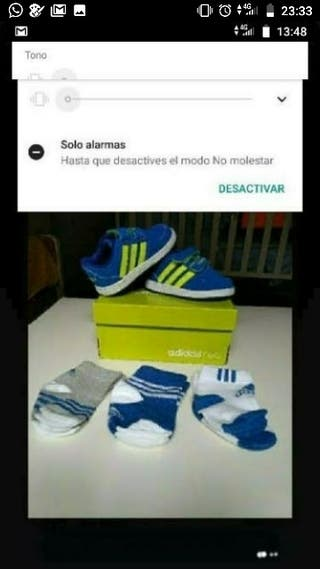 zapatillas Adidas bebé sin estrenar