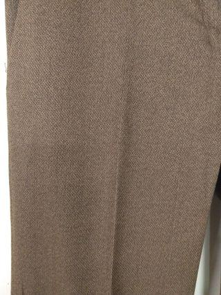 Pantalón Massimo Dutti marrón nuevo.