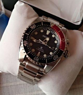Reloj Seiko Kinetic Diver 200M