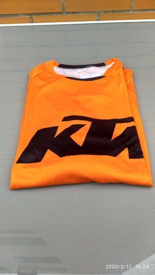 Camiseta KTM GP 2018.manga larga. Talla L. Nueva.