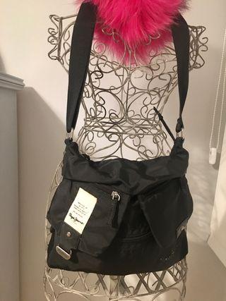Bolso negro Pepe Jeans