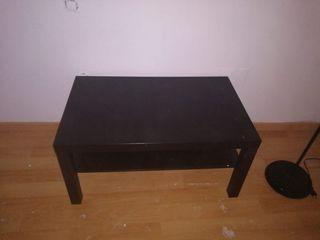 se vende mesa TV Ikea