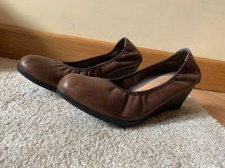 Zapatos Pitillos Marrón