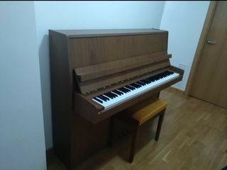 Piano Petrof 118 L1 / 115 VIII