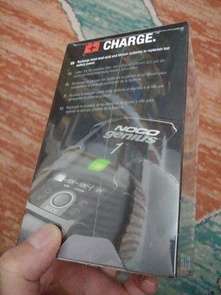 Cargador de bateria de coche NUEVO
