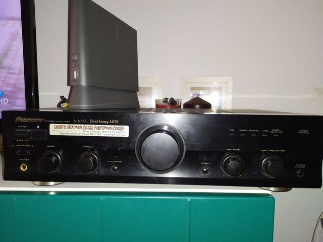 Amplificador Pioneer A209R etapa de potencia