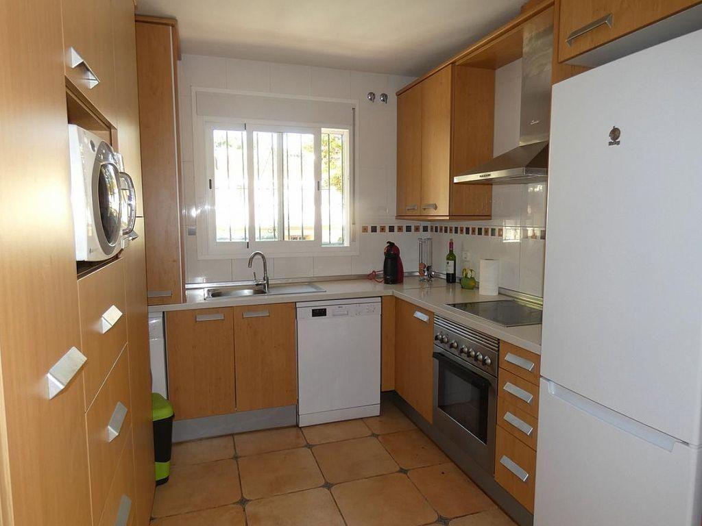 Casa adosada en alquiler en Elviria en Marbella (Marbella, Málaga)