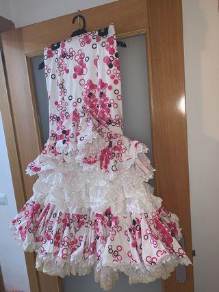 falda alta de sevillana flamenca gitana rociera