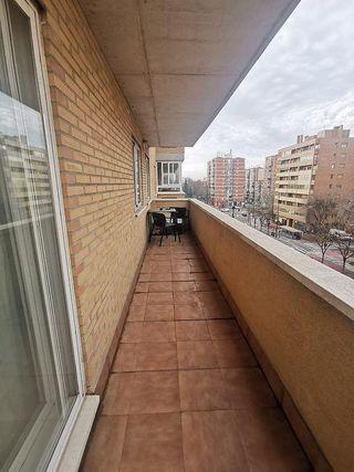 Piso en venta en Avda. Cataluña en Zaragoza