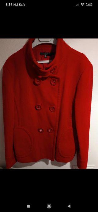 abrigo caban rojo