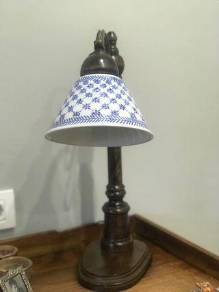 Lámpara mesa antigua
