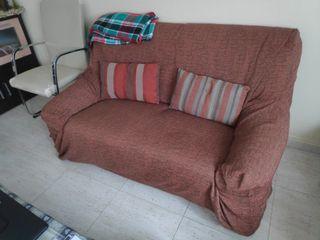 2 sofás con fundas limpias muy cómodos 90 los 2
