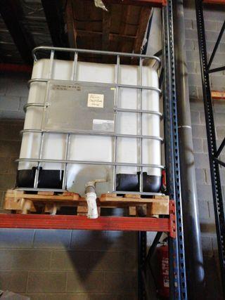 Contenedor de 1000 litros de plástico
