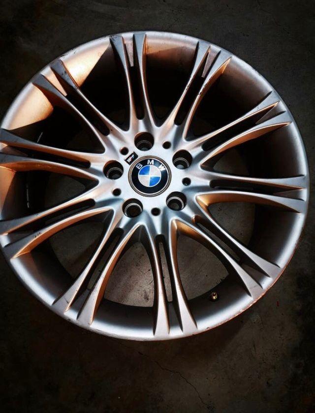 """4 Llantas 18"""" BMW styling 135."""